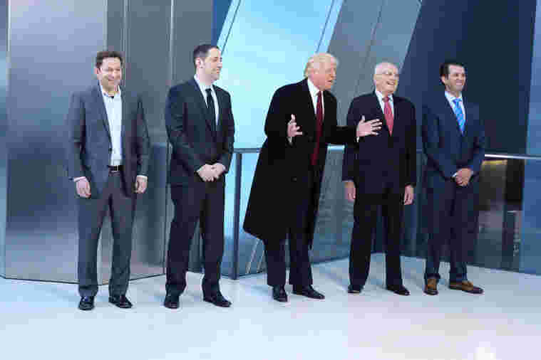 Donald Trump and his advisers addressing the Celebrity Apprentice season 14 cast, 2015.