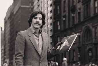 Geraldo holds a record on the street