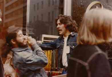 Geraldo has an exchange with a man on the street