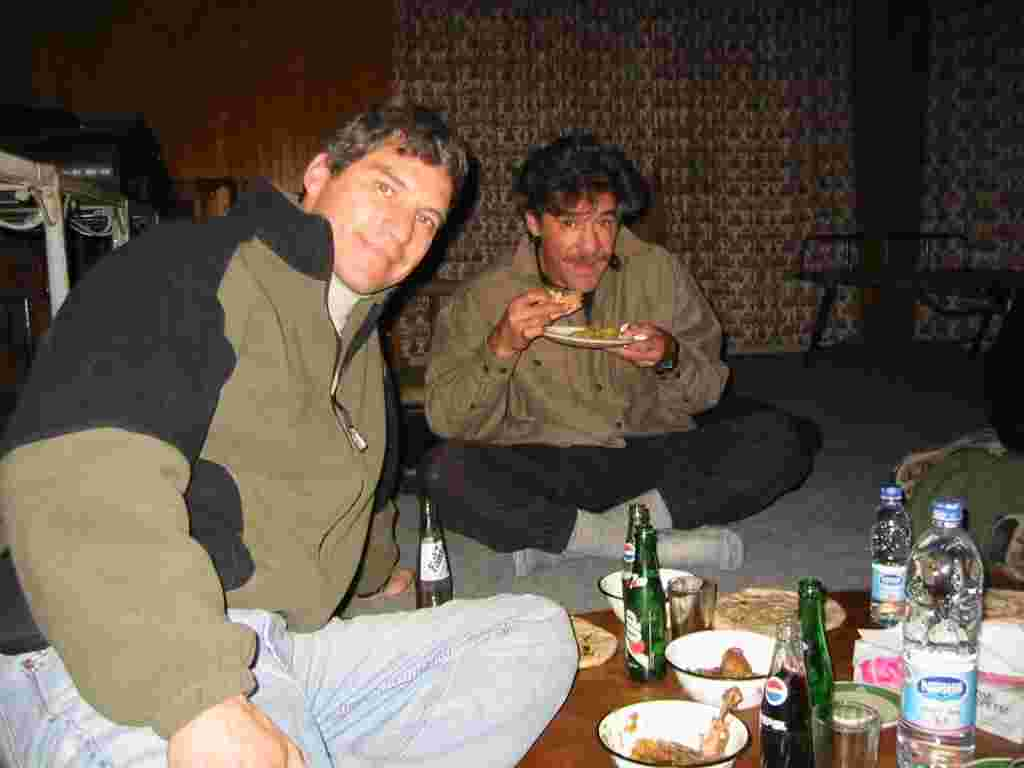 Geraldo and Field Correspondent Craig Rivera, his brother, enjoy the local cuisine