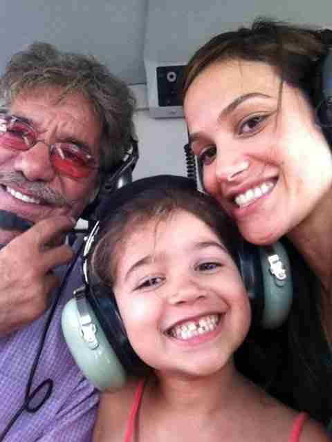 Geraldo and his wife Erica with their daughter Sol, in the helicopter