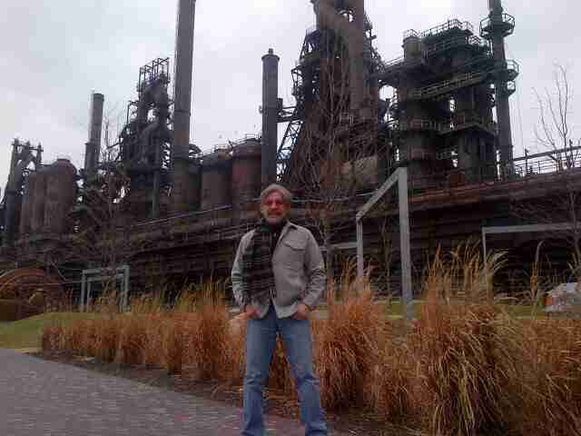 Geraldo poses in front of a steel mill in Pennsylvania, during a job fair in partnership with WABC radio