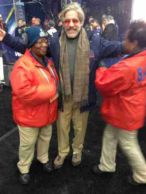 Geraldo with fans.