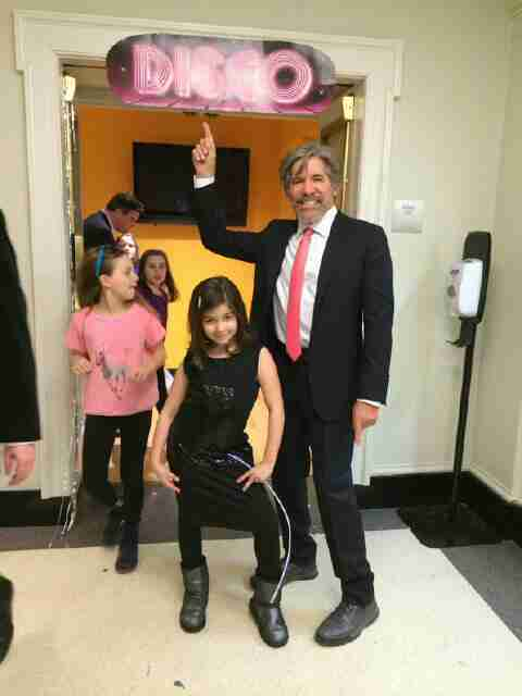 Geraldo and his youngest daughter Sol dance some Disco.