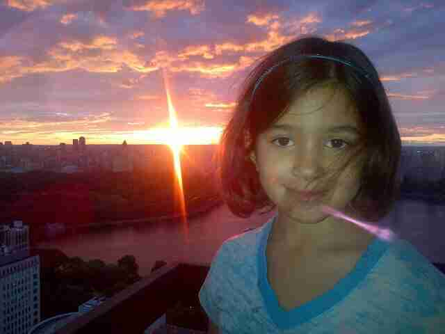 Geraldo's youngest daughter Sol appreciates a sunset.