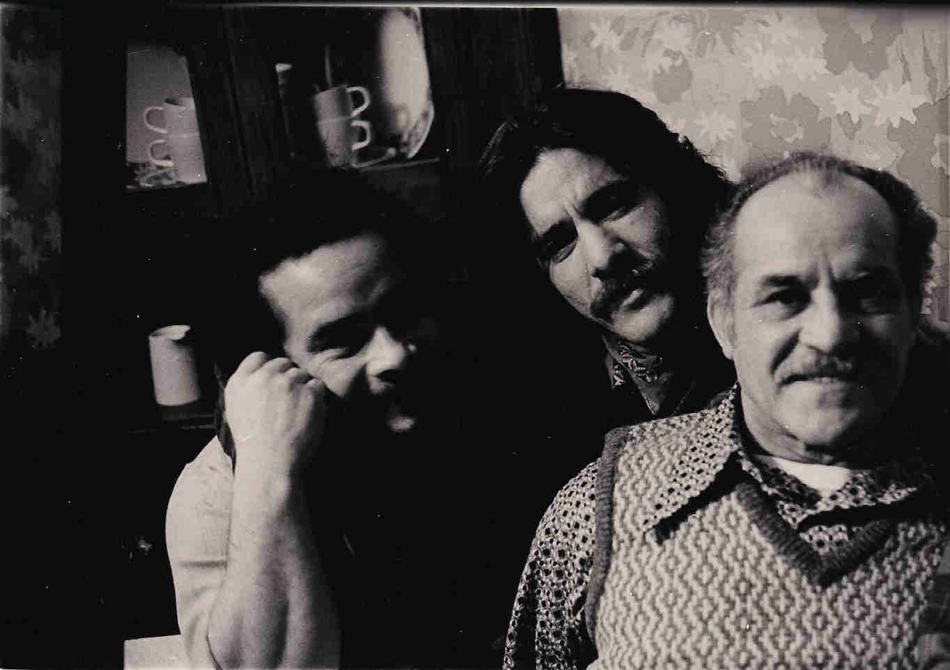 Geraldo with older brother Wilfredo, and his father Cruz Allen Rivera.