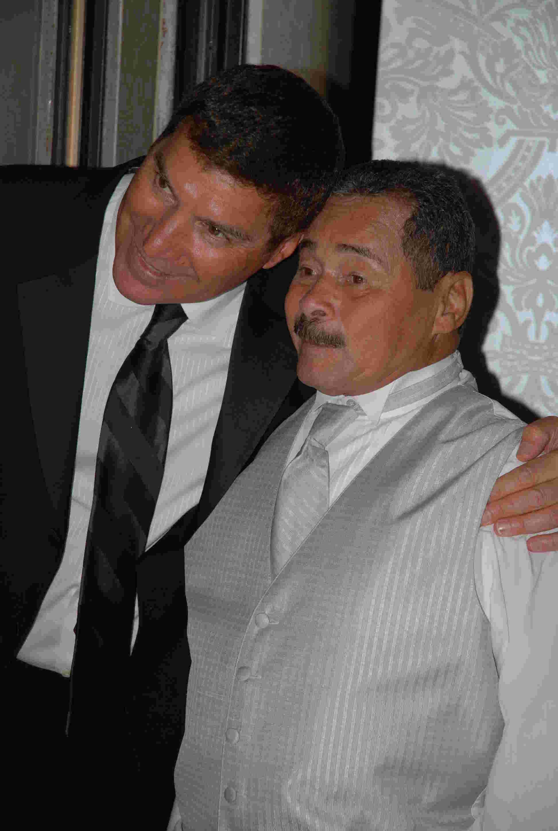 Geraldo's brothers Craig Rivera and Wilfredo.
