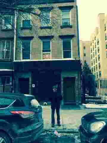 Geraldo visits 115 Avenue C on the lower east side, Manhattan.