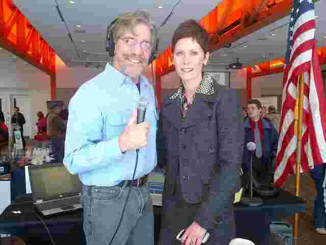 Geraldo with local WABC manager Liz during a job fair in the Lehigh Valley, Pennsylvania.