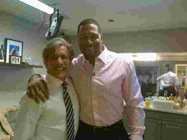Geraldo with Michael Strahan from the New York Giants.