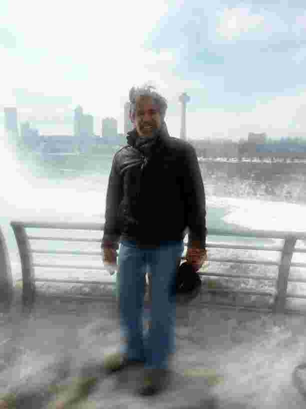 A distorted view of Geraldo at Niagra Falls in New York.