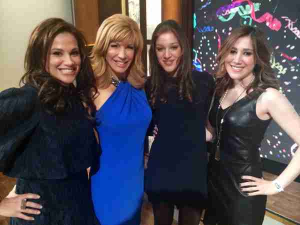 The girls; Geraldo's wife Erica, daughters Isabella, Simone pose with Celebrity Apprentice winner Leeza Gibbons shortly after the finale, 2015.