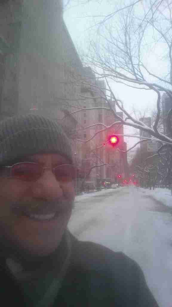 Geraldo takes a minute with the barren stretch of 5th Avenue, immediately after the road-ban was lifted during the Blizzard Of 2015.