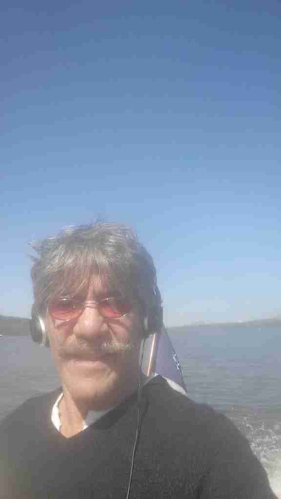 Geraldo cruises the Hudson river with tunes, aboard his vessel Belle.