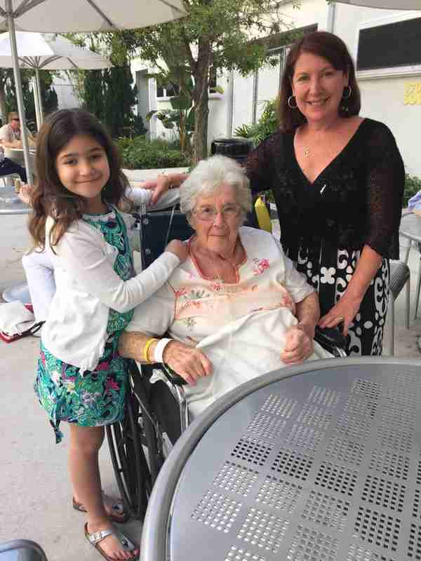 Geraldo's youngest daughter Sol and cousin Elizabeth visit Grandma Lillian, 2015.