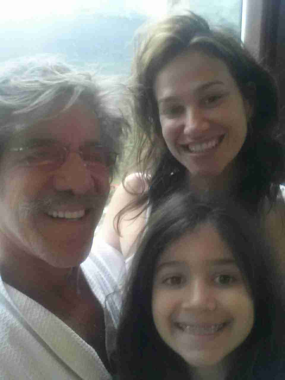 Geraldo, wife Erica and youngest daughter Sol during a trip to Alaska.