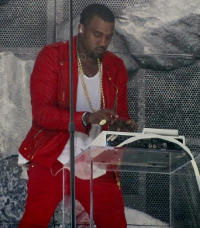 By Zero Serenity (Kanye West25) [CC BY-SA 2.0 (http://creativecommons.org/licenses/by-sa/2.0)], via Wikimedia Commons